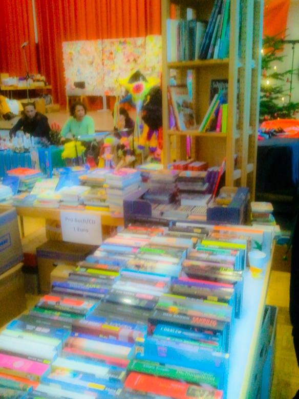 tausende Bücher warten auf Sie !